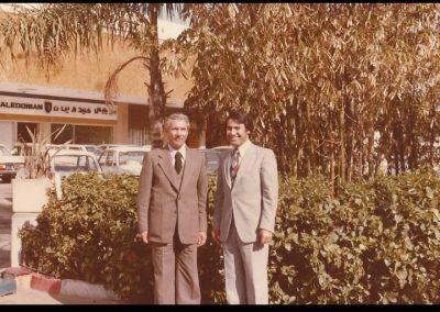 مع الشاعر عبد الوهاب البياتي بالدار البيضاء 1981.